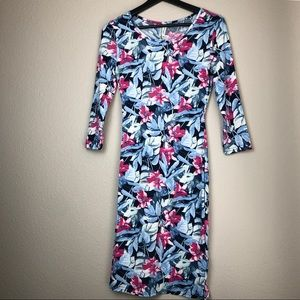 Dresses & Skirts - Floral Print Dress in Large NWT